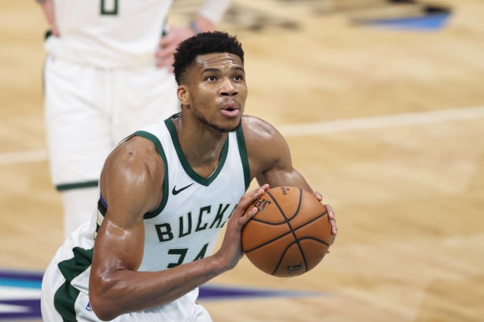 Giannis Antetokounmpo is averaging 28.4 PPG, 11.1 RPG and 5.9 APG and nobody seems to care