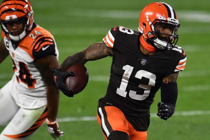 Giants reverse course, trade Odell Beckham Jr. to Browns