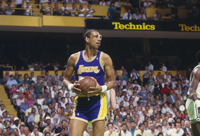 Kareem wins Finals MVP