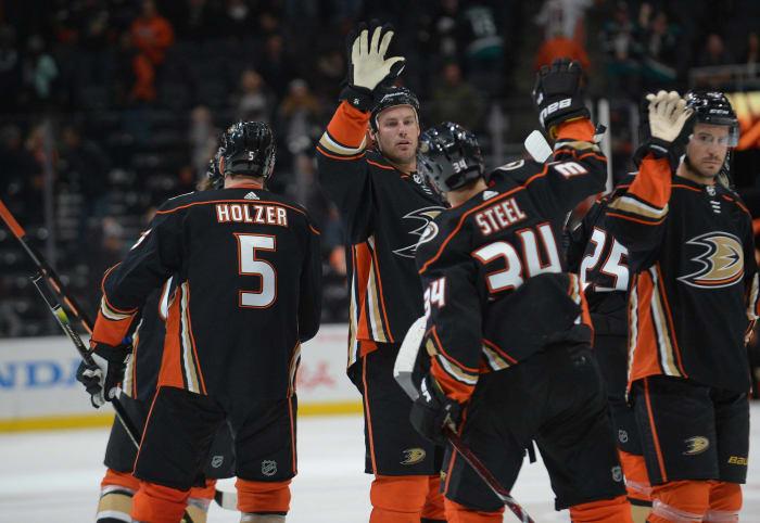 Anaheim Ducks: finding some offense