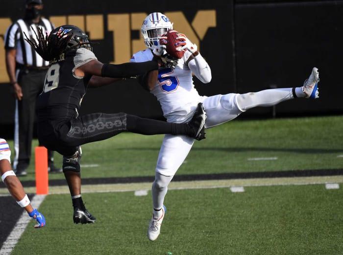 Carolina Panthers: Kaiir Elam, CB, Florida