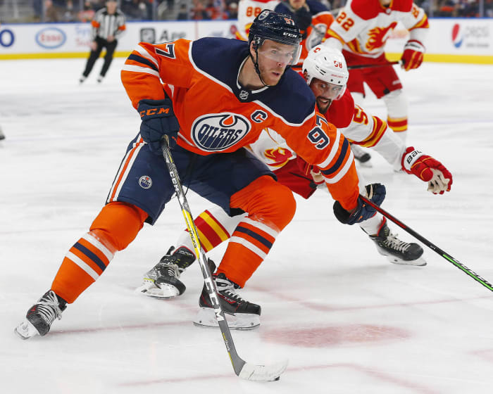 How many points for Connor McDavid?