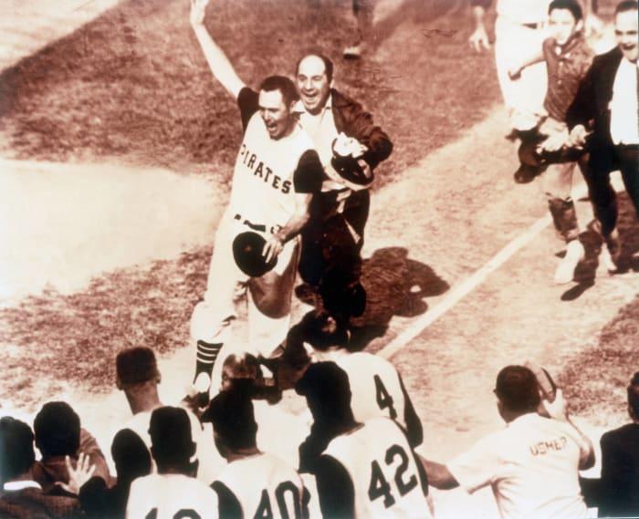 Pirates stun Yankees in classic World Series