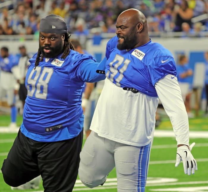 Detroit Lions, defensive tackle