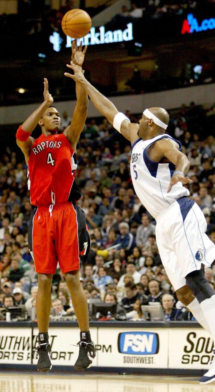 Toronto Raptors - Chris Bosh (4)