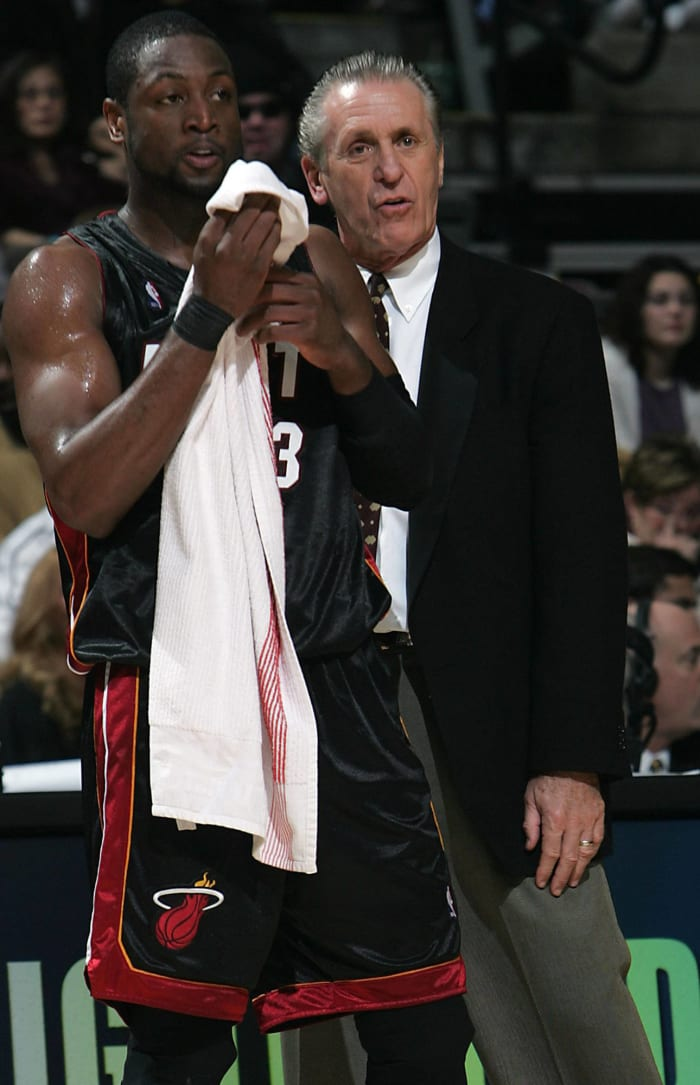Detroit Pistons - Dwyane Wade (5)