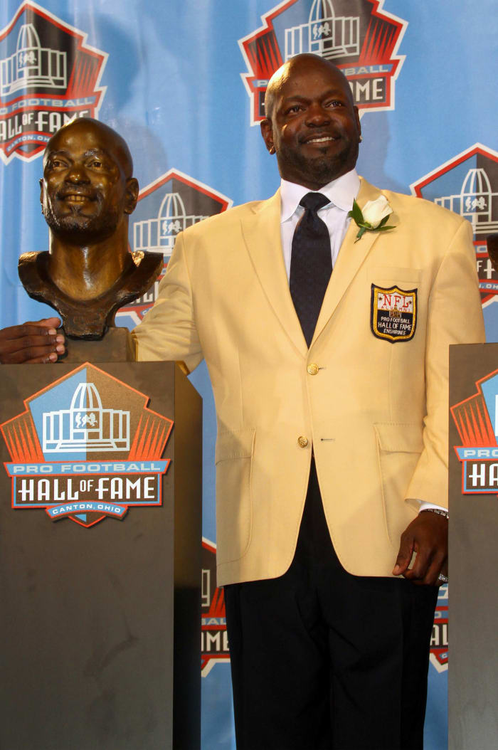 Elected to Pro Football Hall of Fame in 2010