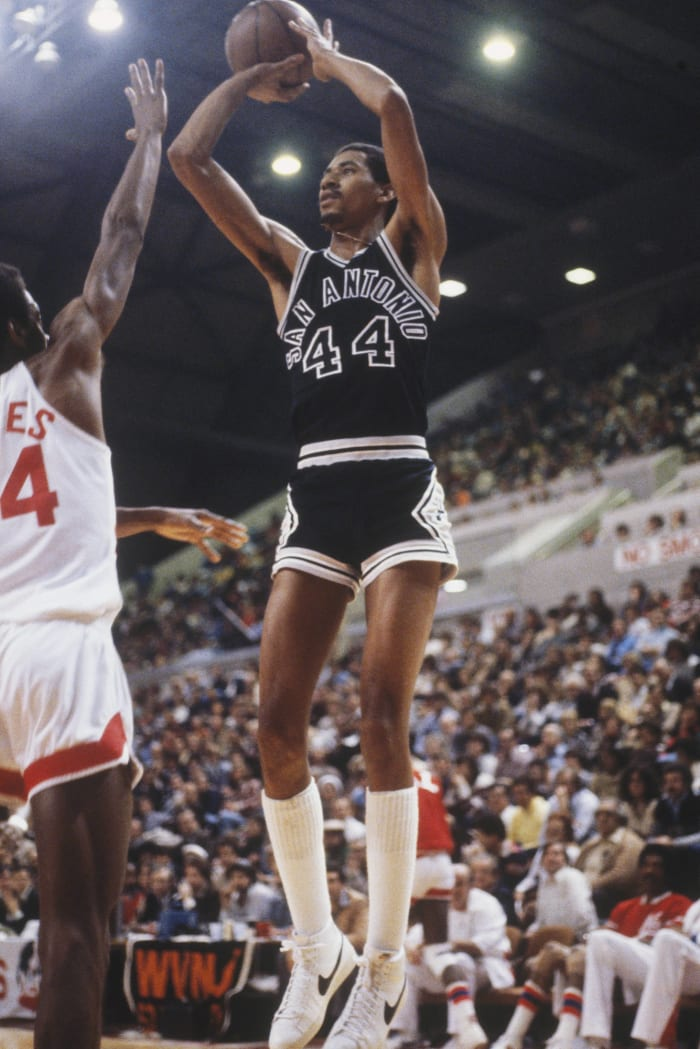 San Antonio Spurs: George Gervin