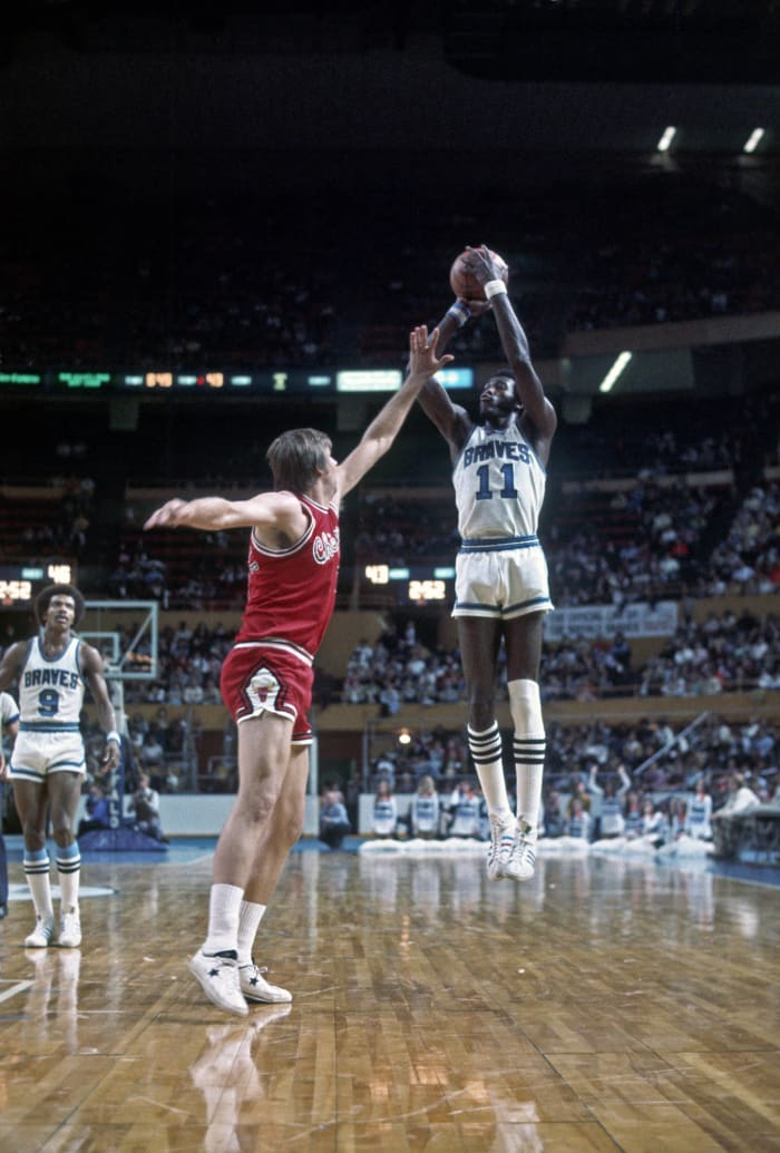 Los Angeles Clippers: Bob McAdoo