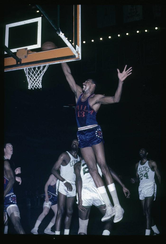 Philadelphia 76ers: Wilt Chamberlain