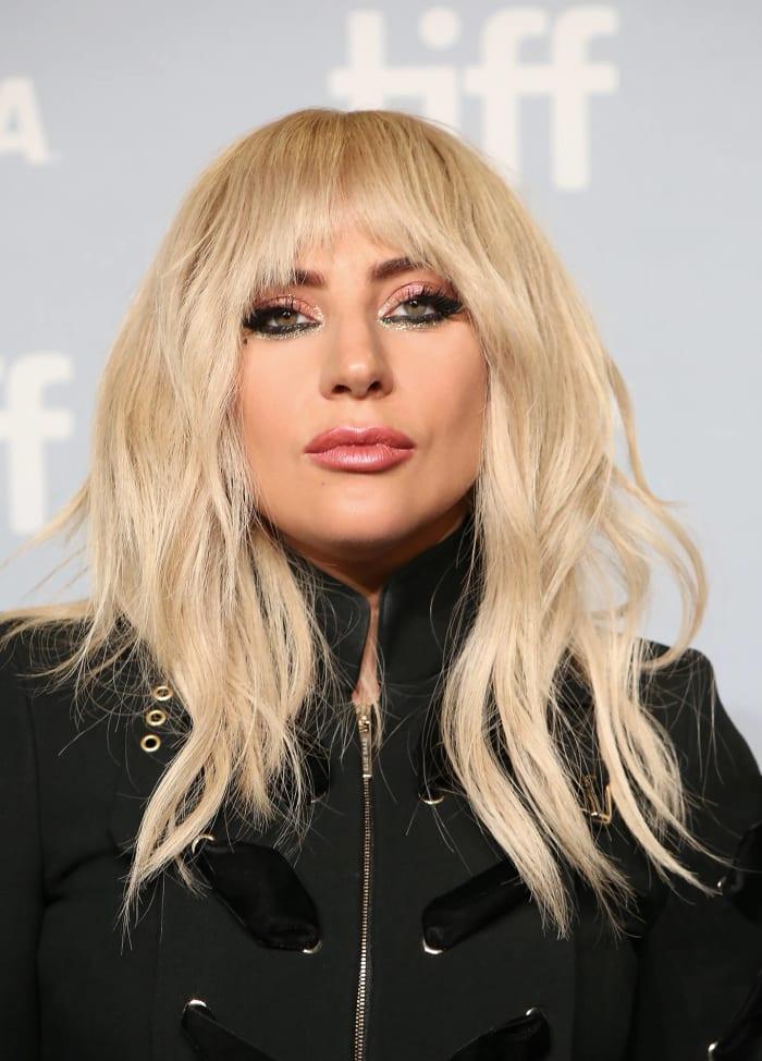 """Gaga: Five Foot Two"""