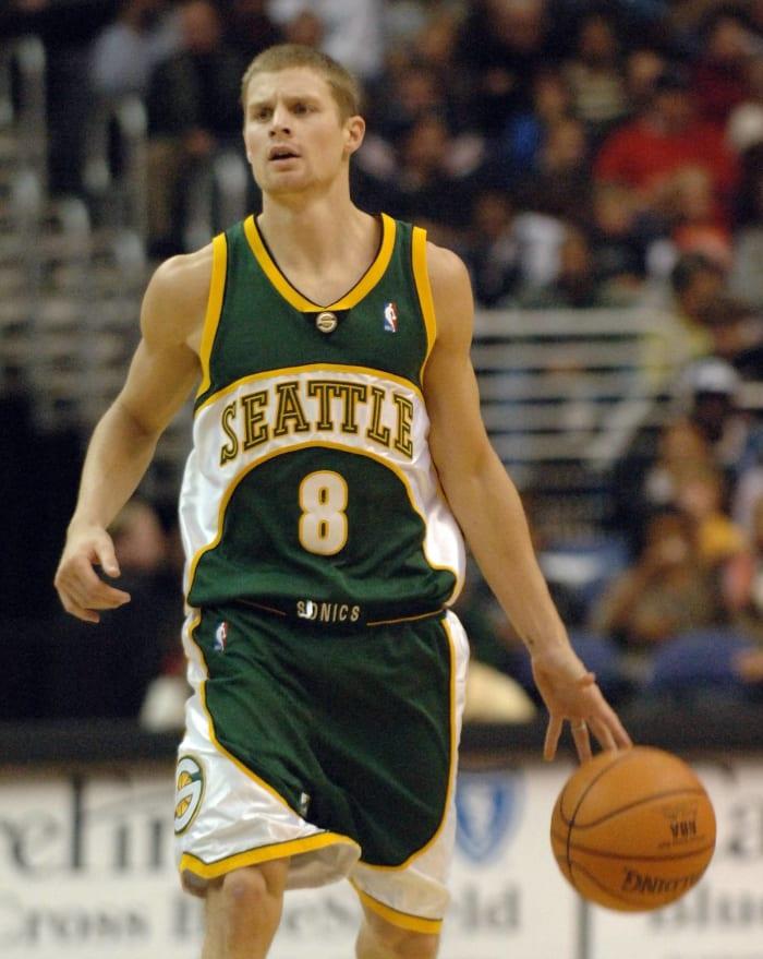 Atlanta Hawks - Luke Ridnour (14)