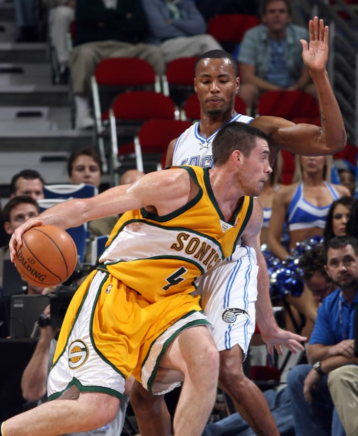 Boston Celtics - Nick Collison (12)