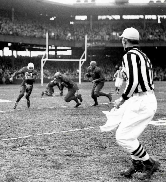 1948: Bears at Cardinals, Week 13