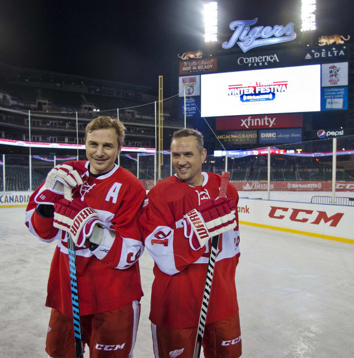 Steve Yzerman and Sergei Fedorov (Detroit Red Wings)