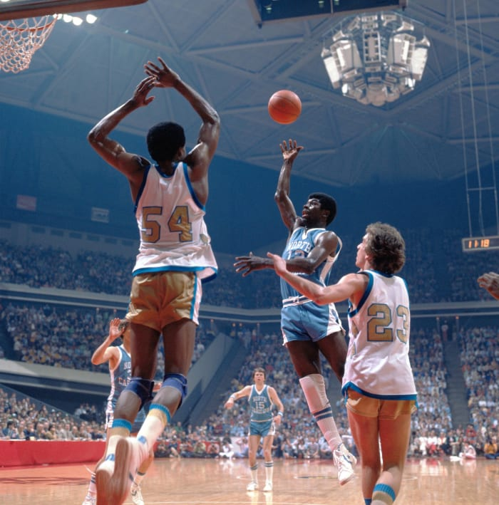 Whitehead sends Marquette to national final (1977)