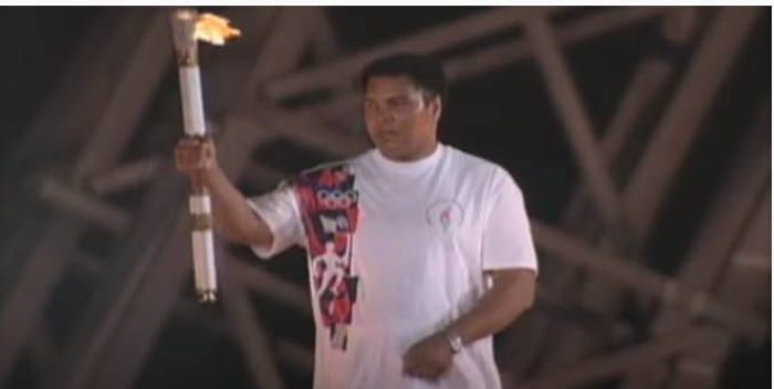 Ali's touching torch moment (1996)