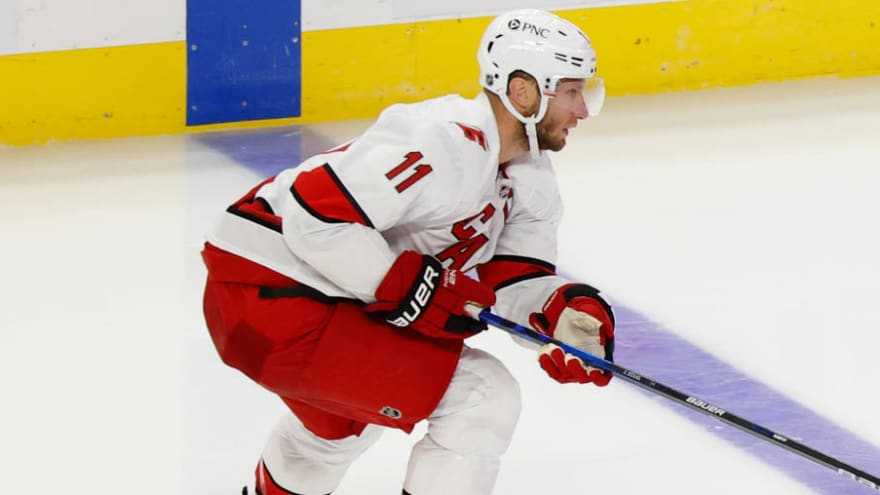 Jordan Staal back at practice after COVID-19 diagnosis