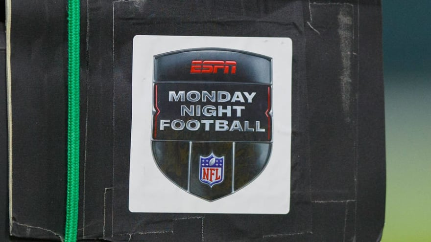 Report: ABC signs deal with NFL for 'MNF,' Super Bowl