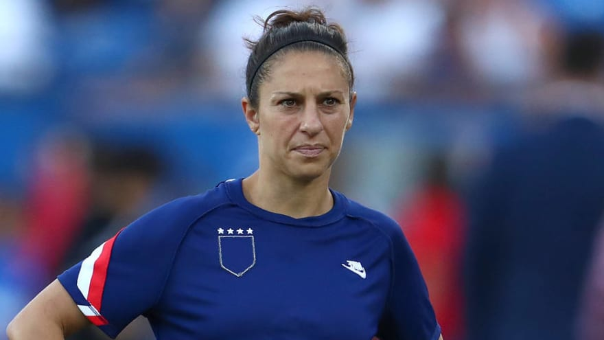 Carli Lloyd was lone USWNT player not to kneel before bronze medal game