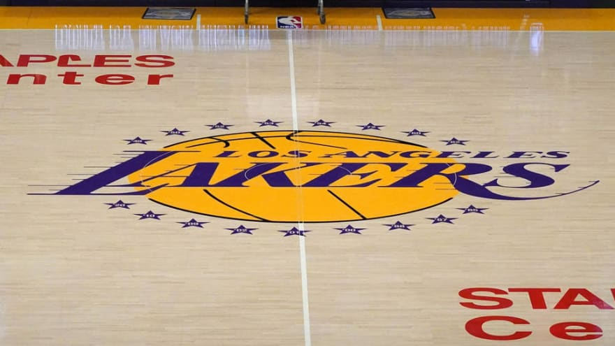 Lakers' largest minority owner to sell stake in team