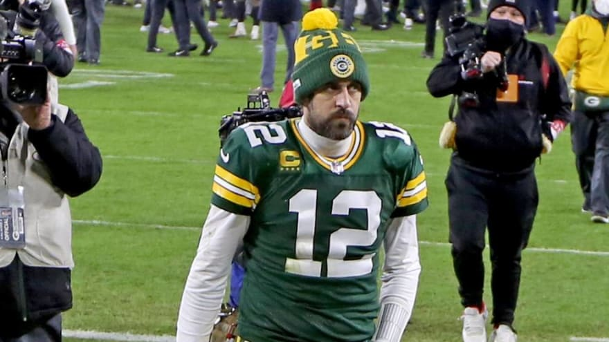 Aaron Rodgers-Packers standoff to last through start of camp?