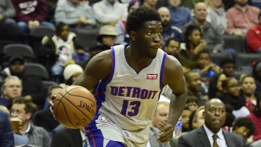 Rockets agree to deal with Khyri Thomas