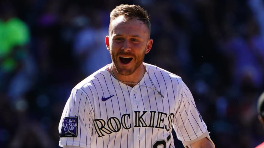 Rockies: No structural damage to Trevor Story's elbow