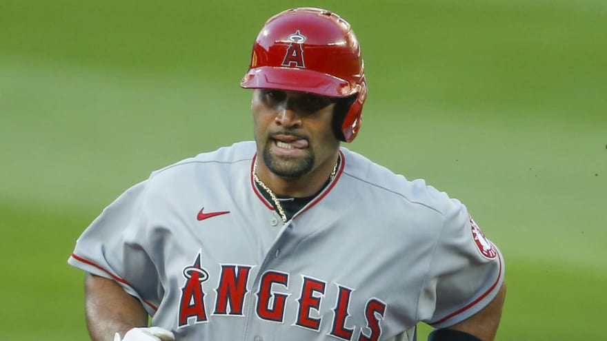 Albert Pujols' wife suggests slugger will retire after 2021