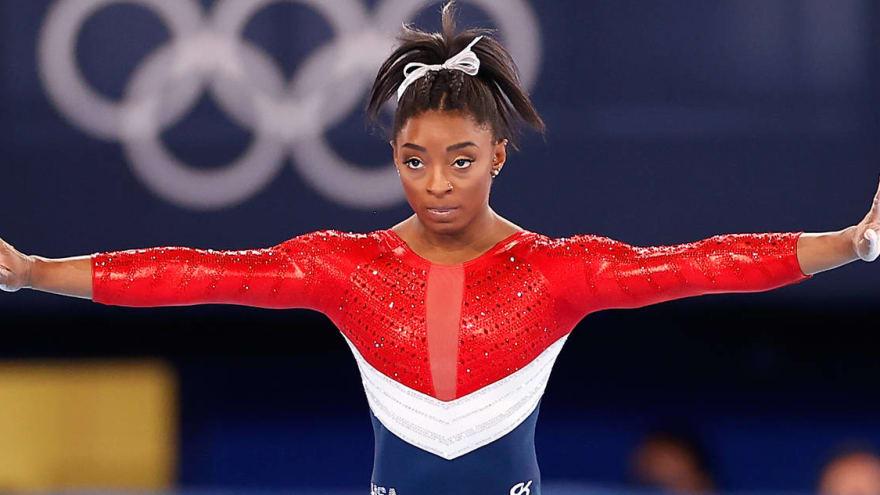 Aly Raisman shares thoughts on Simone Biles' struggles