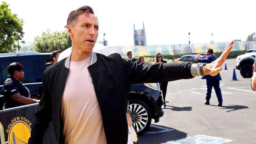 Steve Nash hasn't discussed media blackout with Kyrie