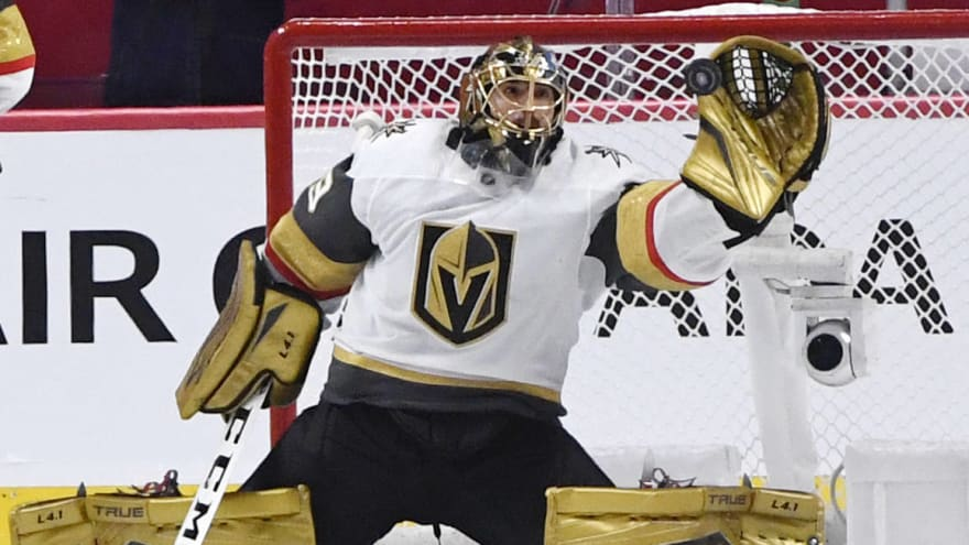 Marc-Andre Fleury intends to play for Blackhawks this season