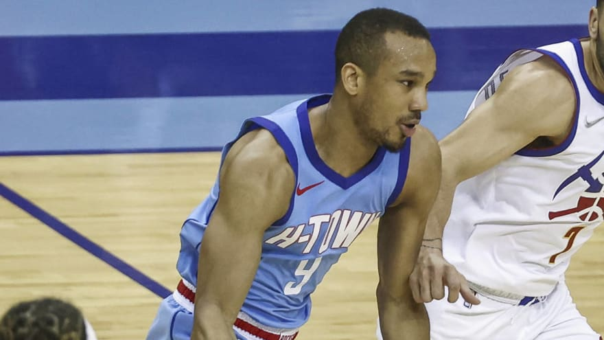 Warriors sign Avery Bradley to compete for last roster spot