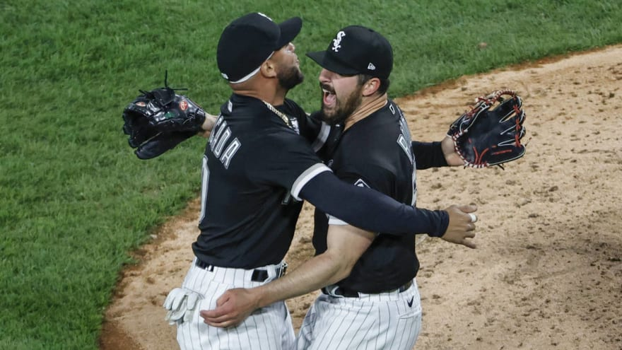Watch: This close play in 9th inning helped Carlos Rodon keep his no-hitter