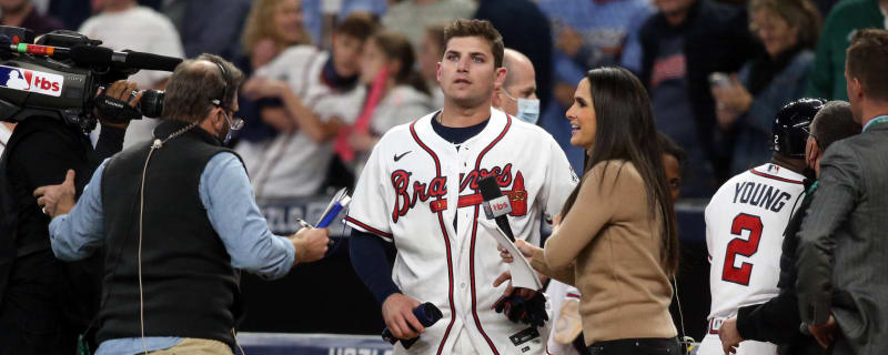Austin Riley the hero for Braves in NLCS Game 1