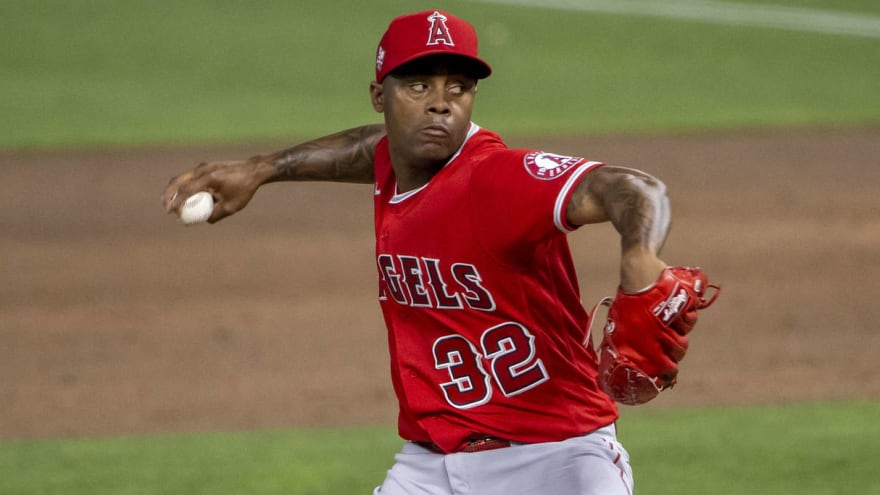 Report: Angels make closer Raisel Iglesias available