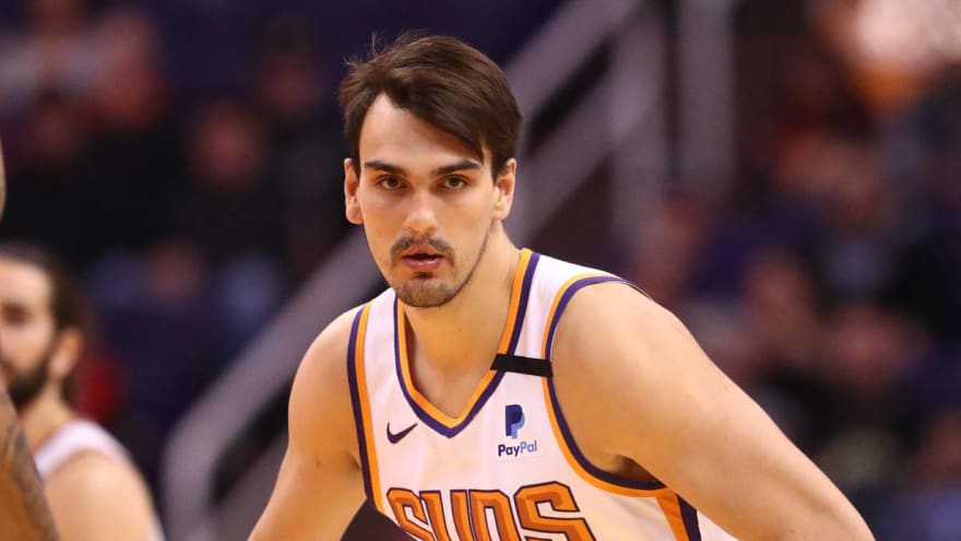 Suns re-sign Dario Saric to three-year deal