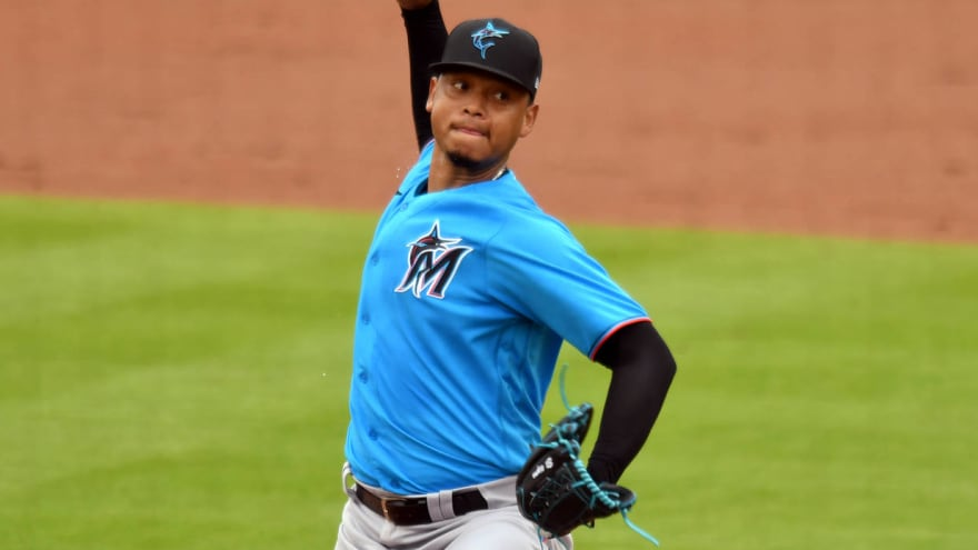 Marlins place Hernandez, Cooper on 10-day IL