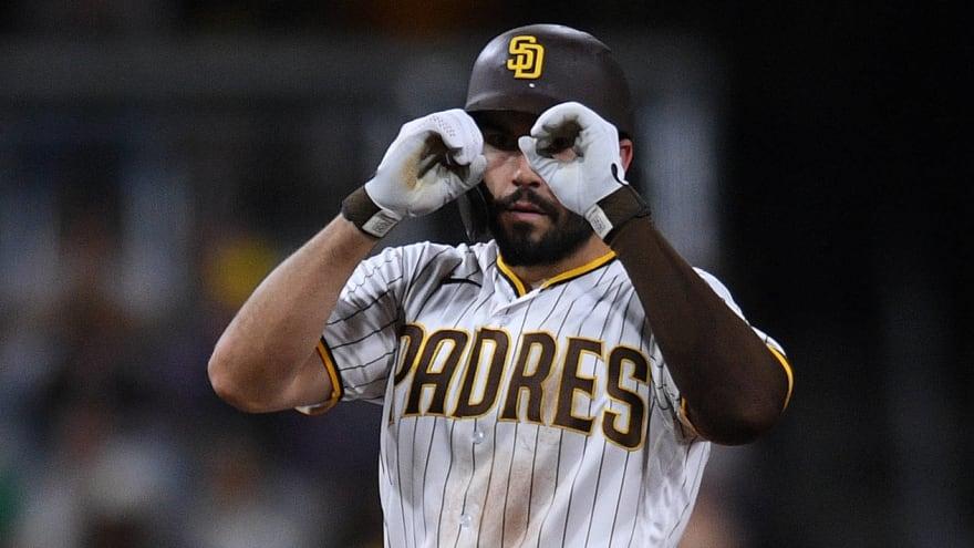 Padres, Rangers discussing scenarios involving Hosmer, Gallo