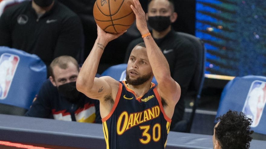Steph Curry to sign four-year, $215M extension with Warriors