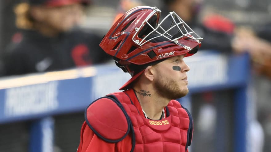 Cleveland C Roberto Perez out 8-10 weeks after finger surgery?
