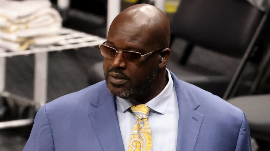 Shaq takes another shot at Dwight Howard while praising Giannis