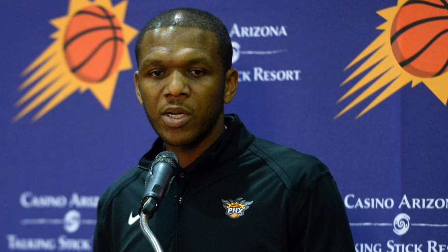 Suns GM James Jones named Executive of the Year