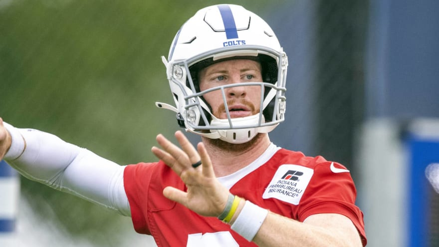 Carson Wentz to get foot surgery, miss up to 12 weeks