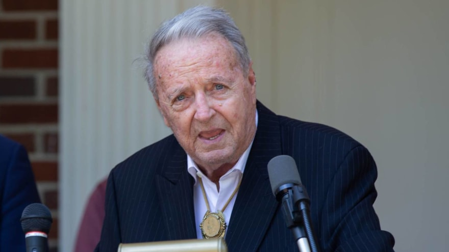 Bobby Bowden diagnosed with terminal medical condition