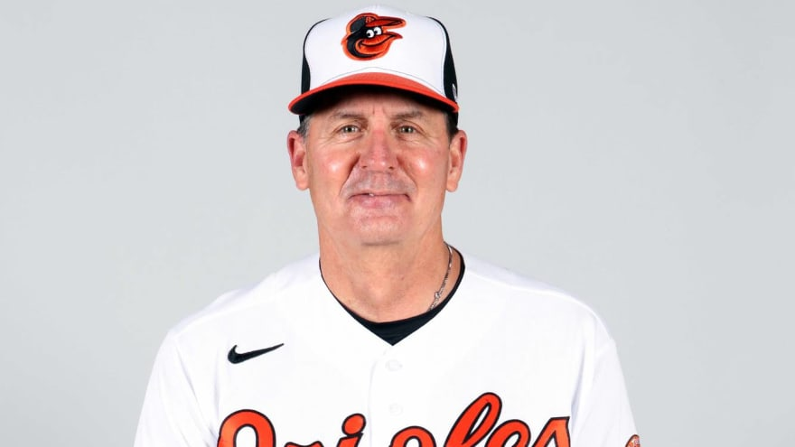 Orioles parting ways with hitting coach Don Long