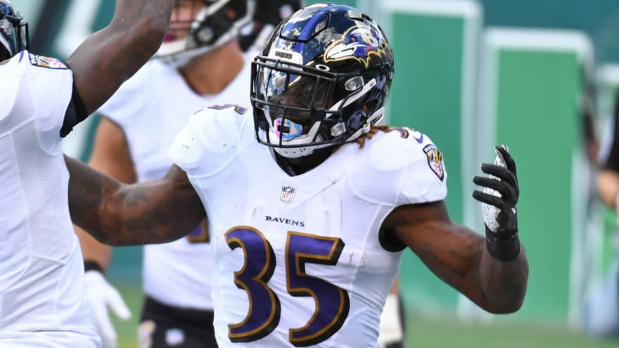 Ravens RB Gus Edwards tests positive for COVID-19