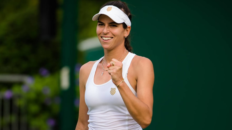 Ajla Tomljanovic, Jelena Ostapenko get into it at Wimbledon