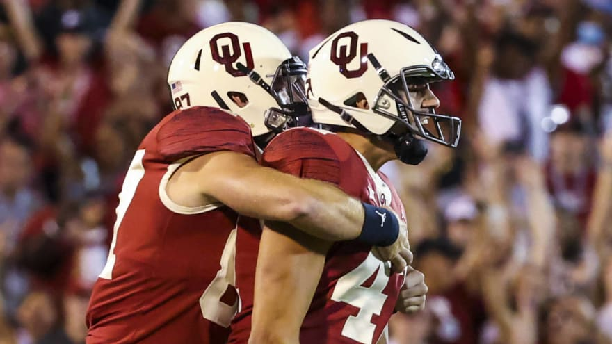 Oklahoma finishes strong (enough) to outlast West Virginia