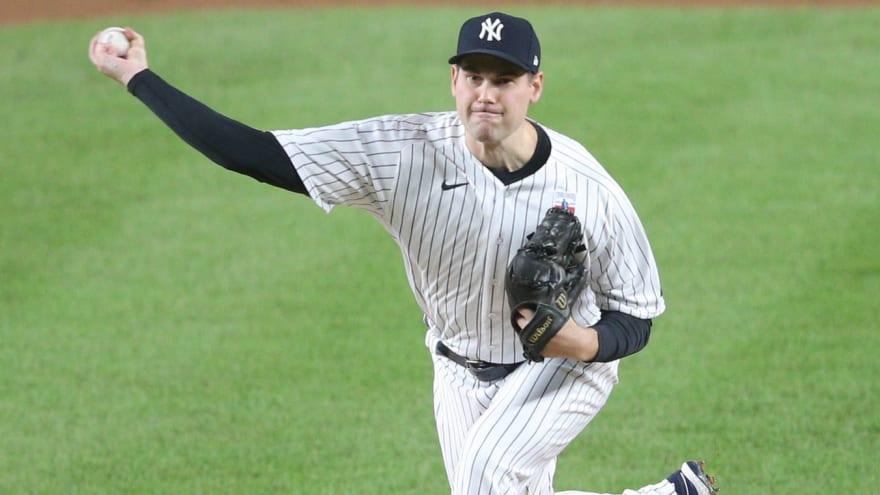 Yankees trade RP Adam Ottavino to Red Sox